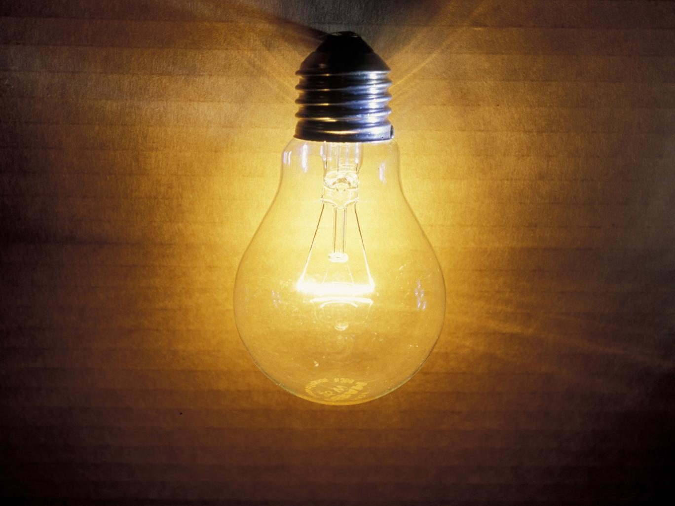 Old fashioned filament bulbs.
